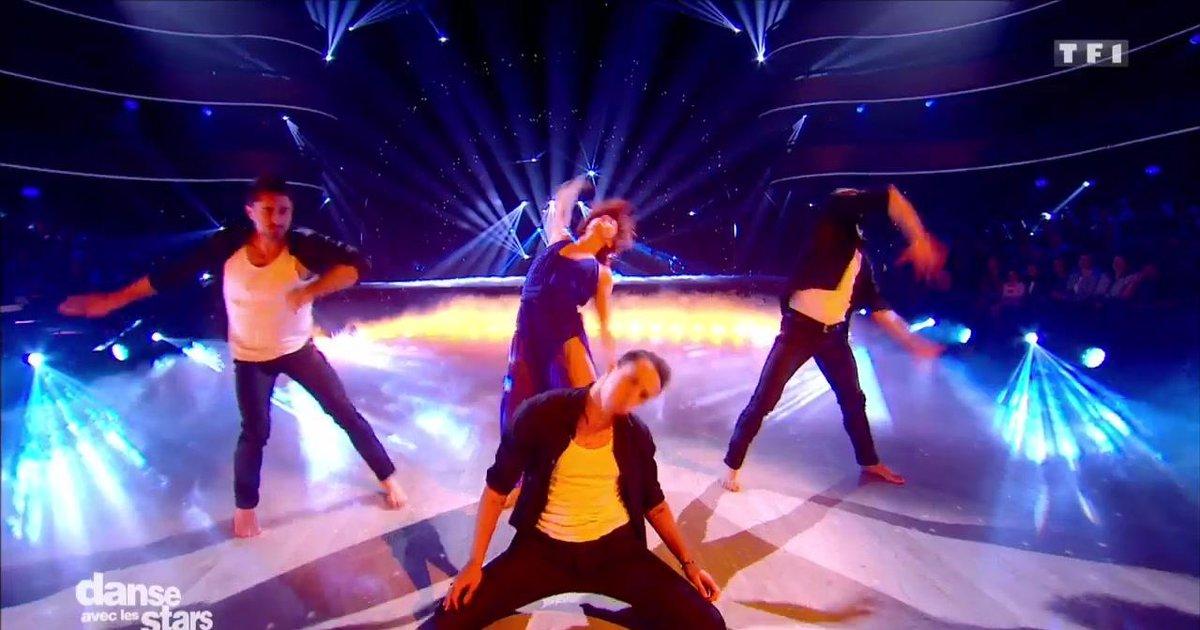 Danse avec les stars  : Fauve Hautot et les danseuses professionnelles dansent sur « Ave Maria »  - TF1