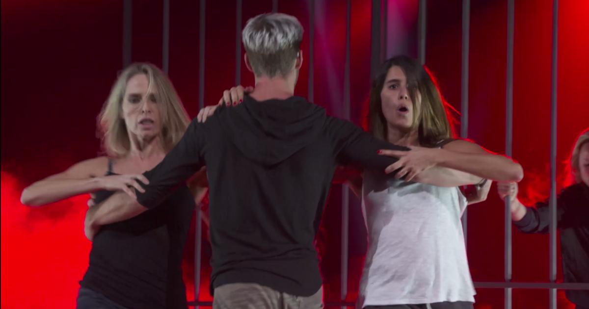 Danse avec les stars  : Karine Ferri et Tonya Kinzinger : leurs répétitions Plateau  - TF1