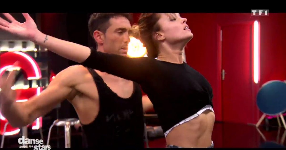 Danse avec les stars  : Répétitions de la danse contemporaine pour la 2è chorégraphie de Caroline Receveur et Maxime Dereymez  - TF1