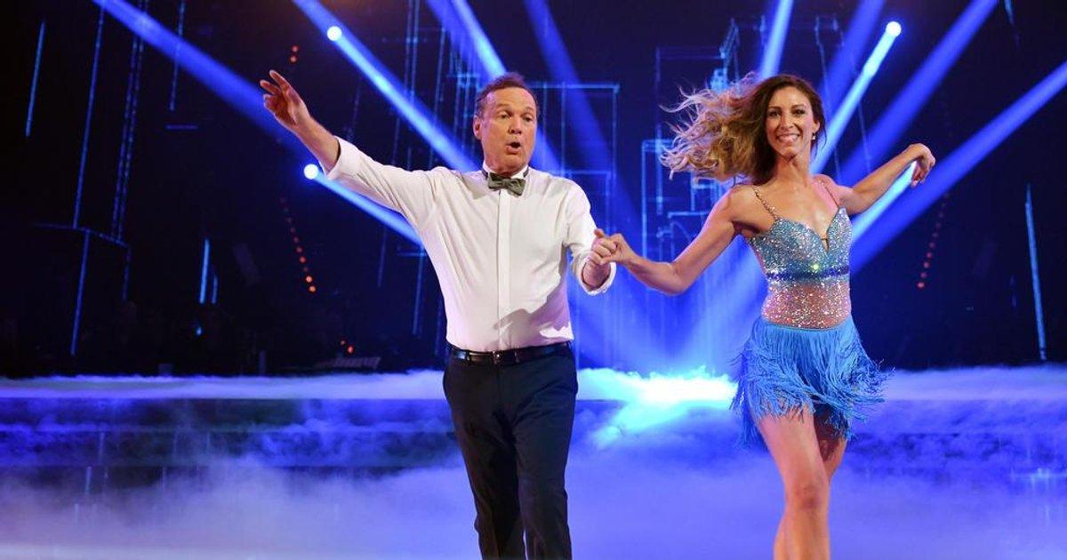 Danse avec les stars  : Un chacha pour Julien Lepers et Silvia sur « Can't Stop The Feeling » (Justin Timberlake)  - TF1