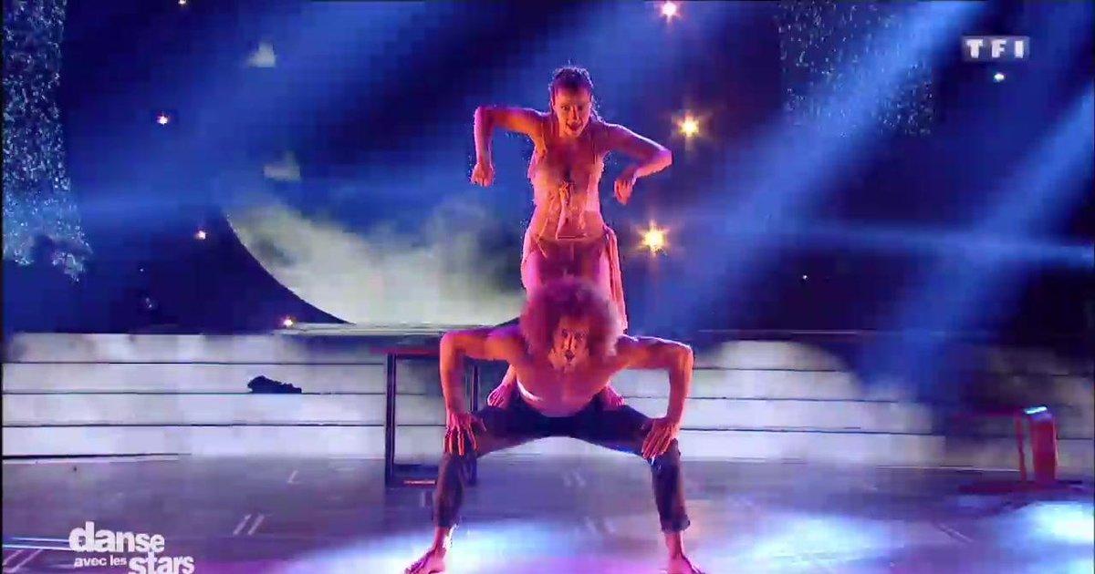 Danse avec les stars  : Une danse contemporaine pour Laurent Maistret et Denitsa sur « Papaoutai » (Stromae)  - TF1
