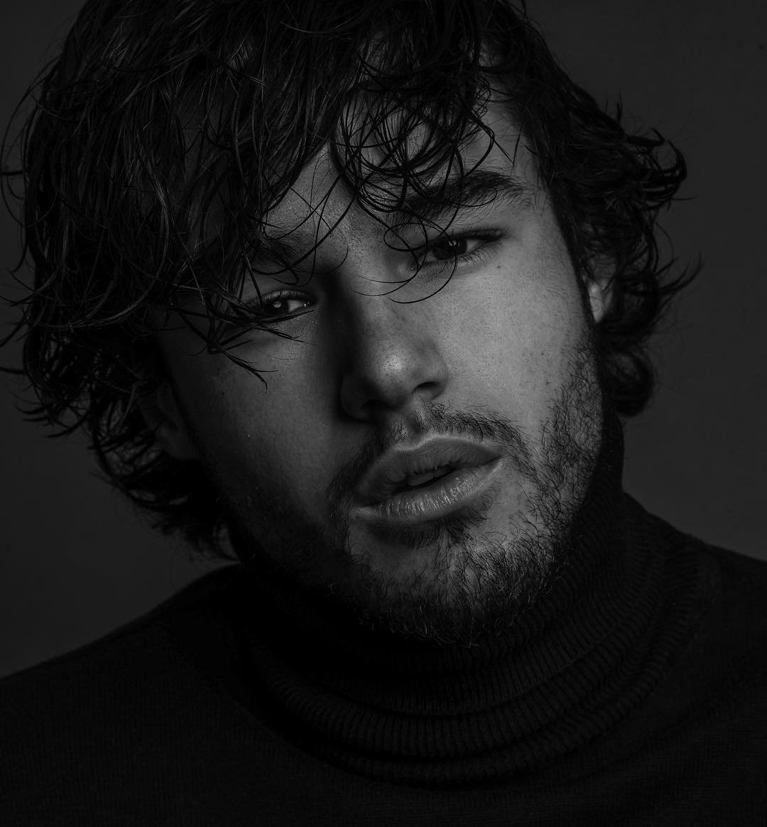 "Anthony Colette comparé à Kit Harington (Game of Thrones) : ""C'est une belle comparaison !"""