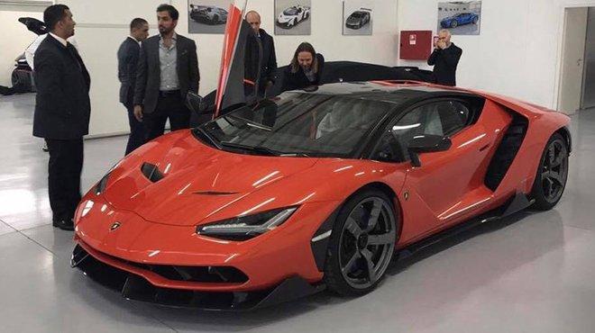 Lamborghini Centenario Le Premier Exemplaire Livre Automoto Tf1