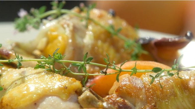 recette de fricass e de poulet aux p ches la plancha petits plats en equilibre. Black Bedroom Furniture Sets. Home Design Ideas