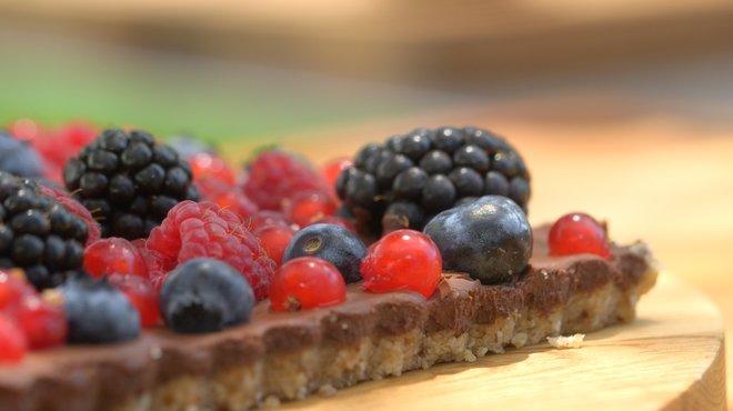 Recette de tarte chocolat fruits rouges vegan petits plats en equilibre - Recette tf1 laurent mariotte ...